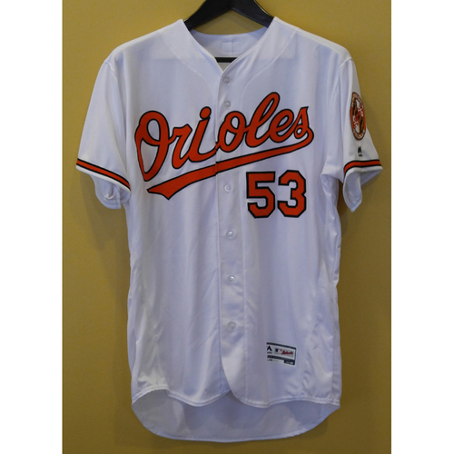 Photo of Zach Britton Autographed Jersey