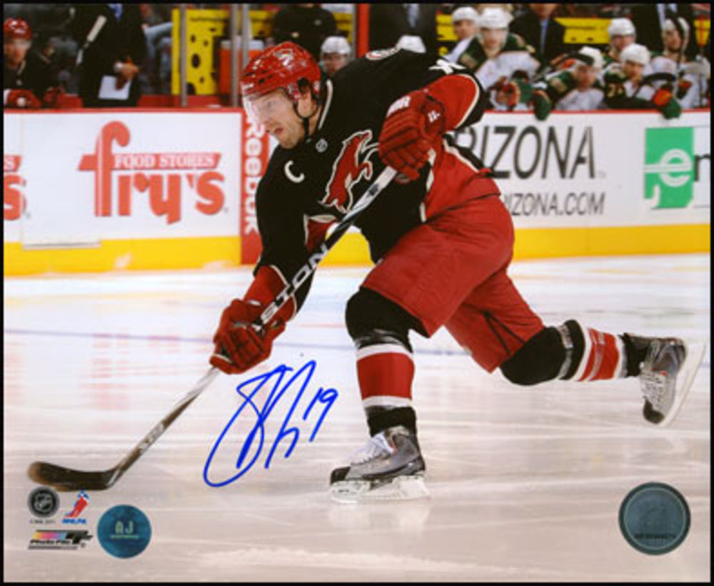 SHANE DOAN Phoenix Coyotes SIGNED 8x10 Third Jersey Photo