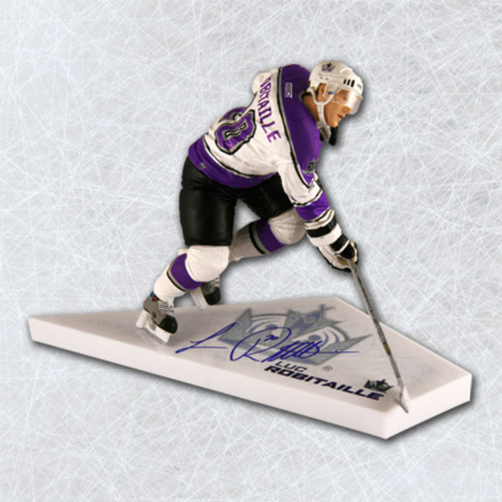 LUC ROBITAILLE Los Angeles Kings SIGNED McFarlane SP