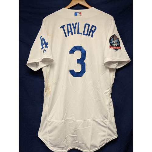 Photo of Kershaw's Challenge: Chris Taylor Game-Used Homerun Jersey - 5/22/18