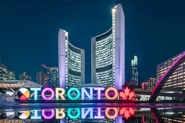 Clickable image to visit Witness the Wonders of Toronto, Canada