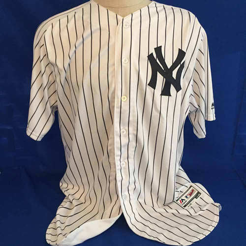 Photo of UMPS CARE AUCTION: Aaron Judge Yankees Jersey Size 52