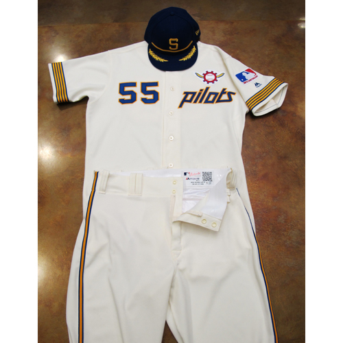 Photo of Seattle Mariners Game Used 1969 Pilots Home Uniform and Cap Turn Back The Clock (6/22/19): Roenis Elias