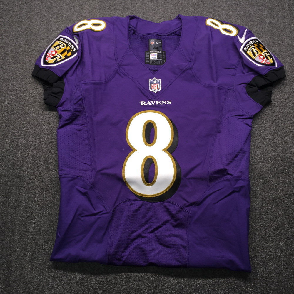 NFL Auction | NFL - Ravens Lamar Jackson Signed Jersey Size 44