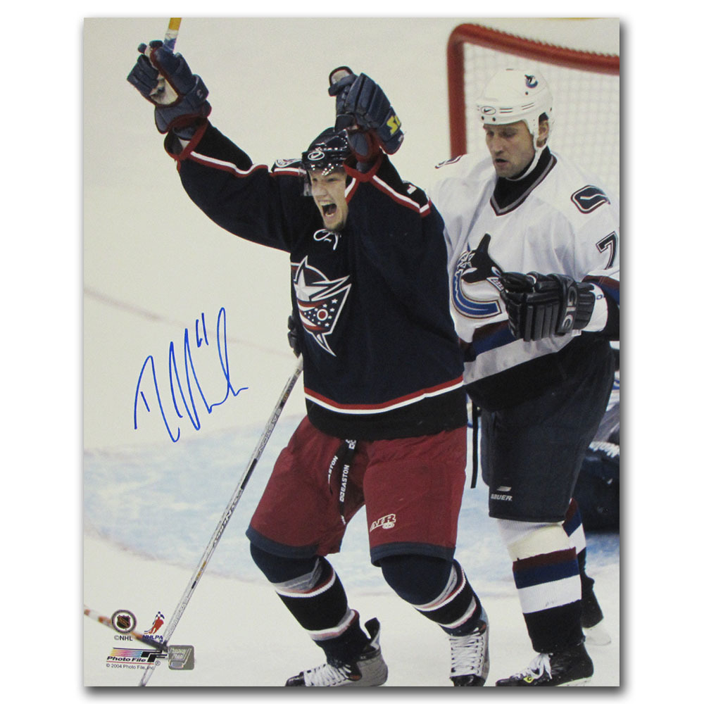 Rick Nash Autographed Columbus Blue Jackets 16X20 Photo
