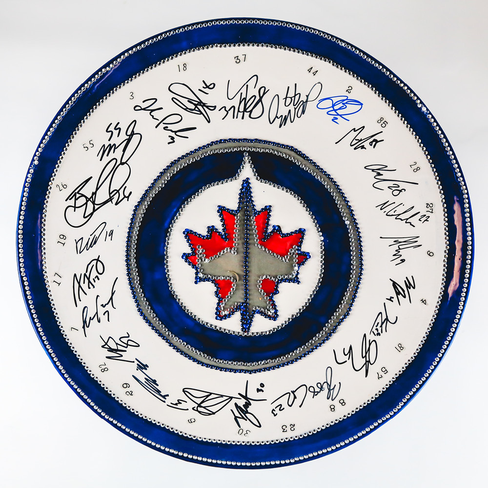 WINNIPEG JETS White Pedestal Plate, Full Team Signed