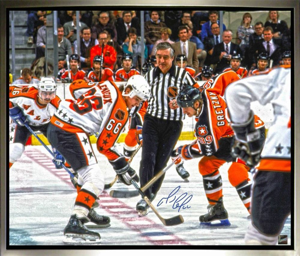 Mario Lemieux - Signed & Framed 20 x 24 Canvas - All Star Jersey vs. Wayne Gretzky