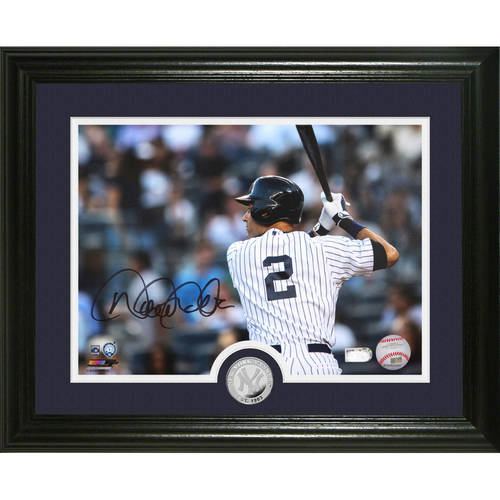 "Photo of Derek Jeter Autographed ""No. 2"" Silver Coin Photo Mint"