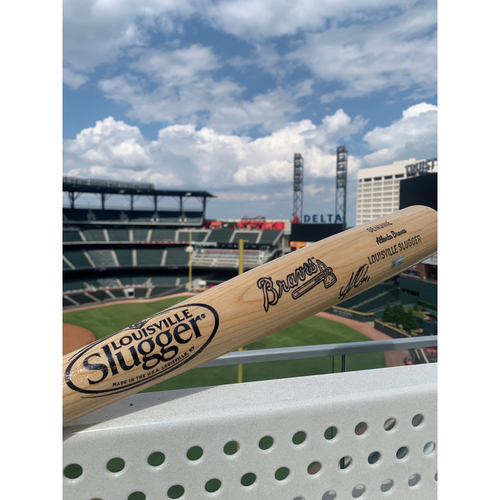 Photo of Ozzie Albies MLB Authenticated Autographed Bat