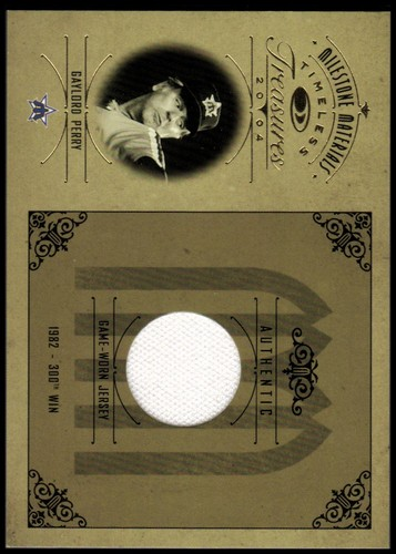 Photo of 2004 Timeless Treasures Milestone Materials #4 Gaylord Perry Jsy/82