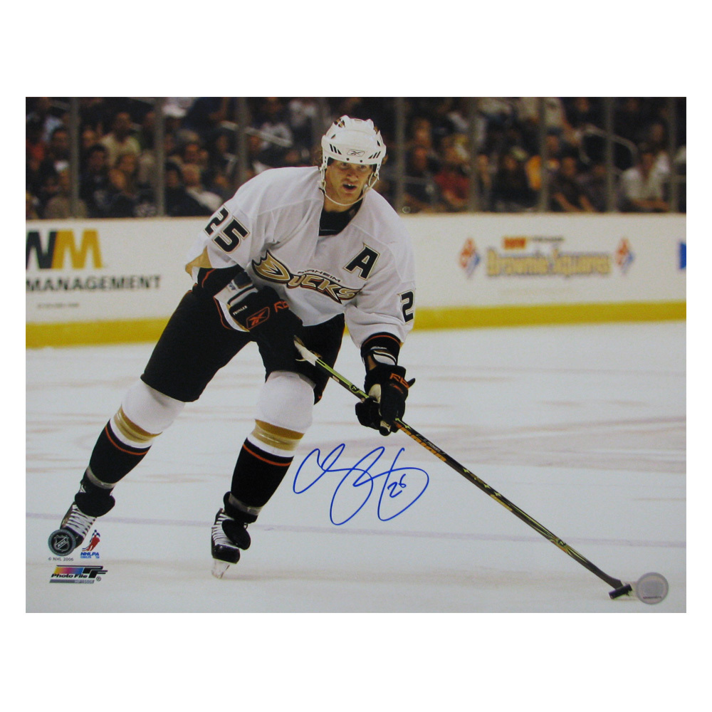 CHRIS PRONGER Signed Anaheim Ducks 16 X 20 Photo - 79006