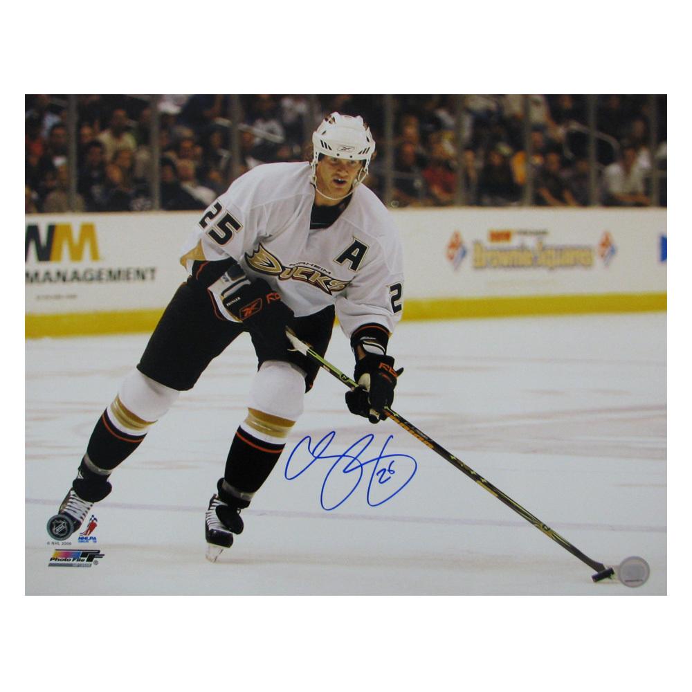 CHRIS PRONGER Signed Anaheim Ducks 16 X 20 Photo - 79006