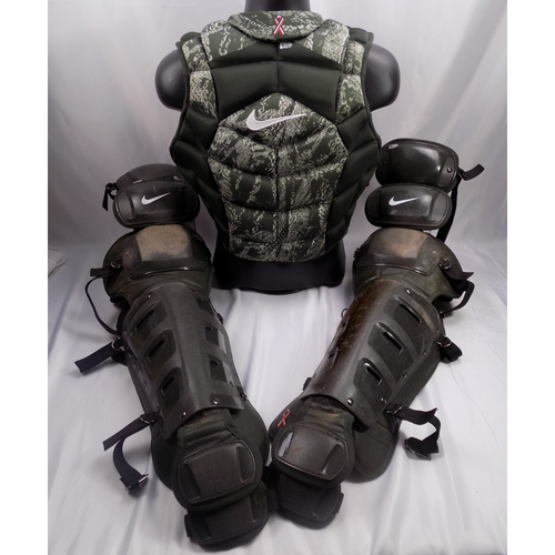 Photo of Robinson Chirinos Game-Used 2018 Camo Catching Gear - Worn on Memorial Day - 5/28/18