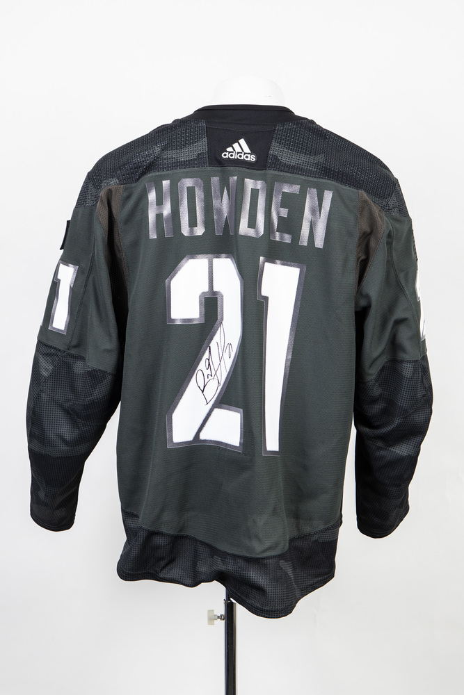 Veterans Night warm up jersey worn and signed by #21 Brett Howden