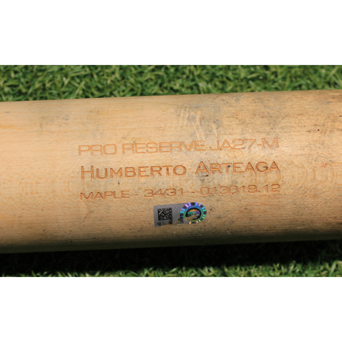 Photo of Team-Issued Broken Bat: Humberto Arteaga #2