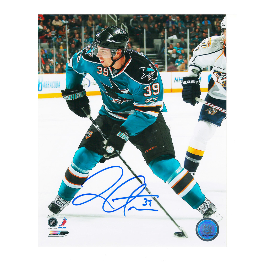 LOGAN COUTURE Signed San Jose Sharks 8 X 10 Photo - 70074