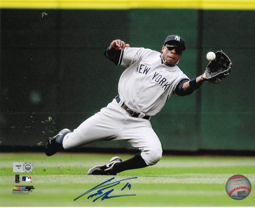 Photo of Curtis Granderson Autographed 8x10