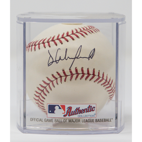 Photo of Dave Winfield Autographed Baseball (Not MLB Authenticated, COA Included)