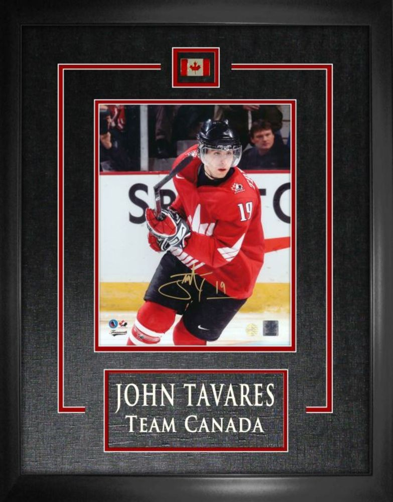 John Tavares - Signed 8x10 Etched Mat Red Team Canada World Juniors 2008 Action Red-V