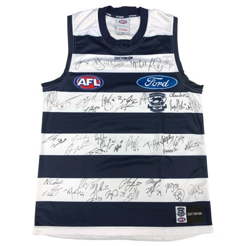 Photo of 2020 Team Signed Guernsey