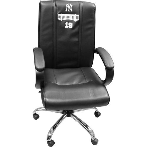 Photo of Masahiro Tanaka New York Yankees 2018 Game Used #19 Clubhouse Chair (9/23/2018, 10/3/2018, 10/8/2018)