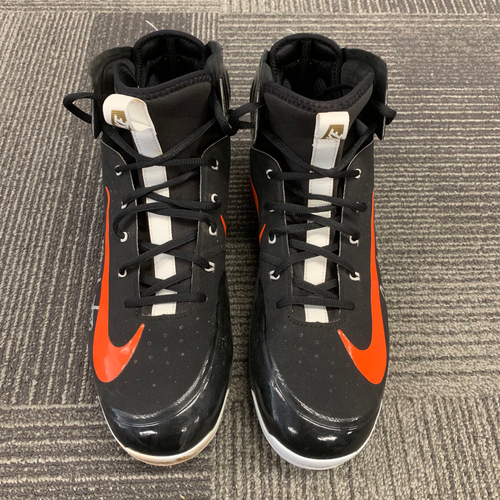 Photo of 2018 Team Issued Autographed Cleats - #29 Jeff Samardzija - Size 13