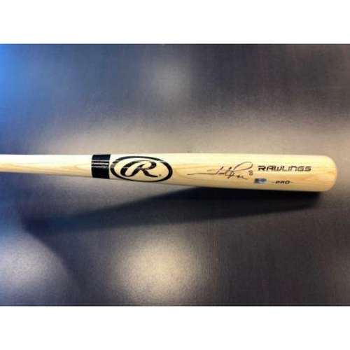 Photo of Giants Community Fund: Hunter Pence Autographed Bat