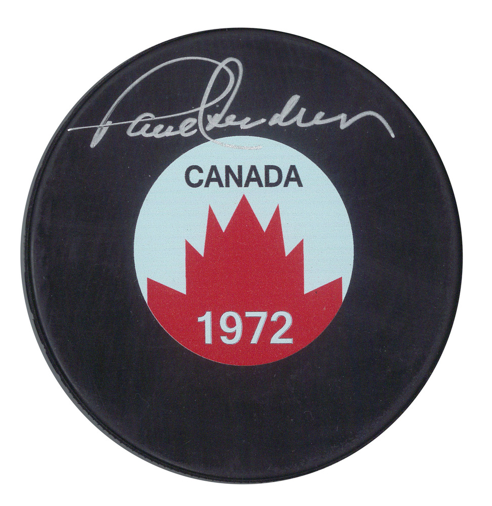 Paul Henderson Signed 1972 Team Canada Puck