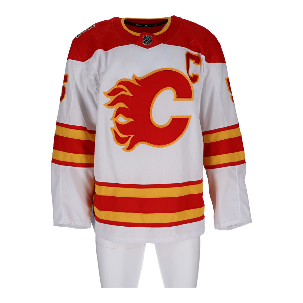 Mark Giordano Calgary Flames Game-Used 2019 NHL Heritage Classic Jersey - Worn During First Period