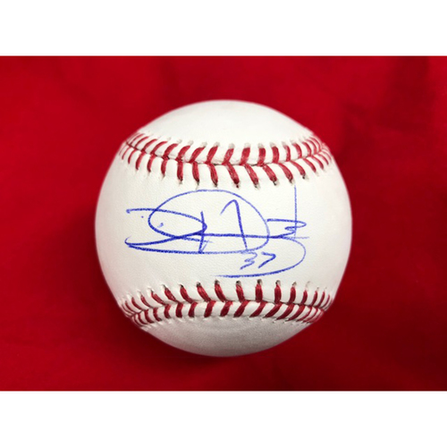 Photo of David Hernandez -- Autographed Baseball