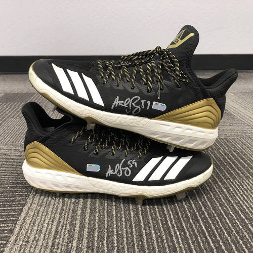 Photo of 2018 Team Issued Autographed Cleats - #59 Andrew Suarez - Size 11.5