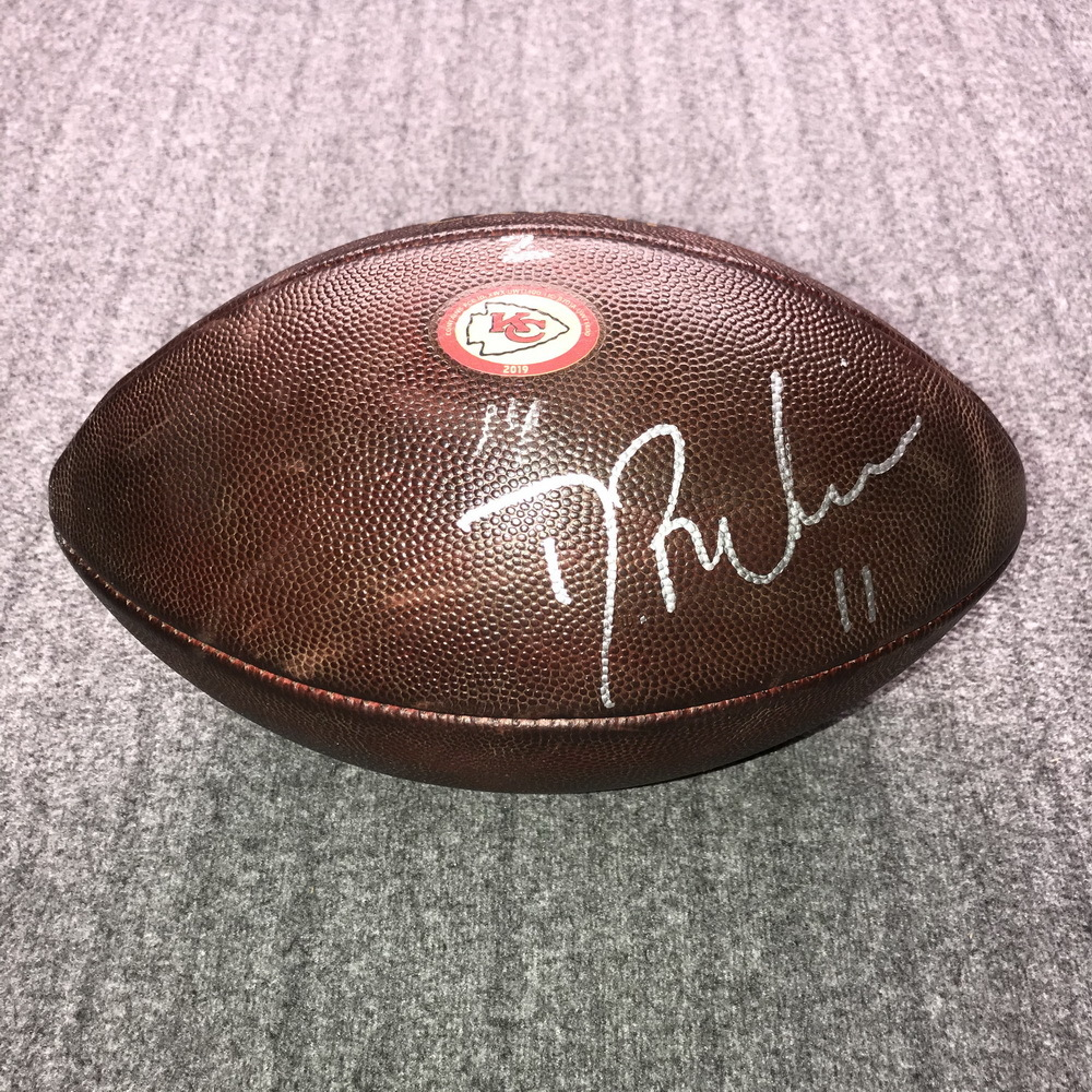 Crucial Catch - Chiefs Demarcus Robinson Signed Game Used Football (10/17/19)