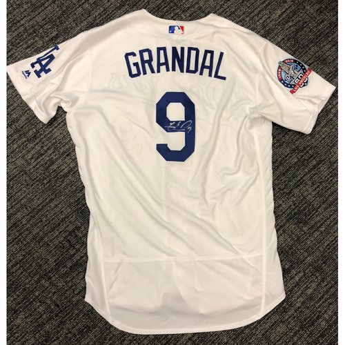 Photo of LA Dodgers Foundation Auction: Yasmani Grandal 2018 Game-Used Autographed LA Dodger Jersey