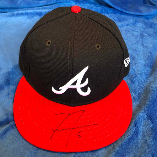 Photo of UMPS CARE AUCTION: Freddie Freeman Signed Braves Hat, Size 7