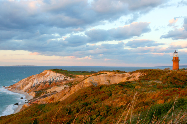 Clickable image to visit Escape to the Magical Island of Martha's Vineyard