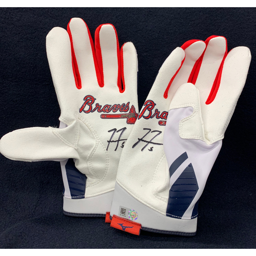 Photo of Freddie Freeman Autographed Batting Gloves