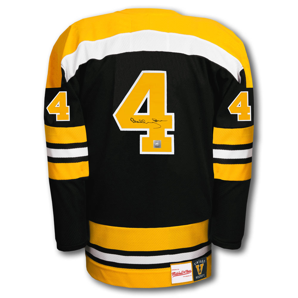 Bobby Orr Boston Bruins Mitchell & Ness Autographed Jersey GNR