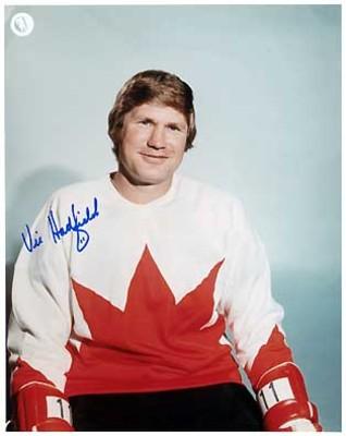 VIC HADFIELD 1972 Team Canada SIGNED 8x10 Photo