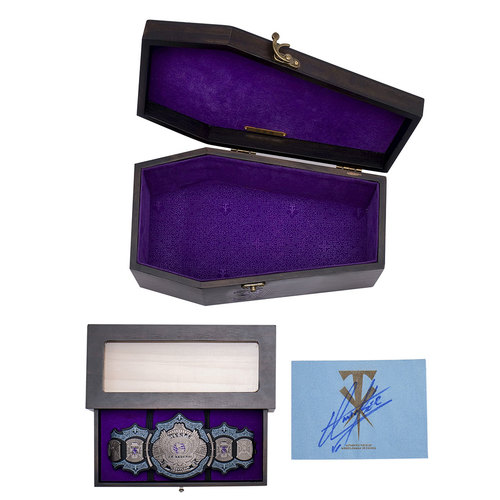 Photo of Undertaker 30th Collectible Wooden Box and Mini Title (Matte Finish Metal) with SIGNED WM29 canvas (Random Number)