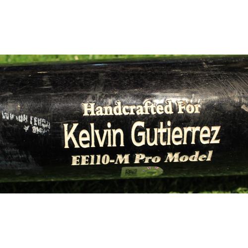 Photo of Team-Issued Bat: Kelvin Gutierrez #16