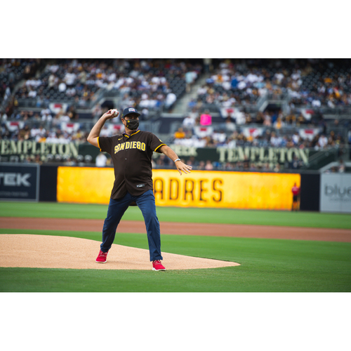 Photo of Throw Out the Honorary First Pitch