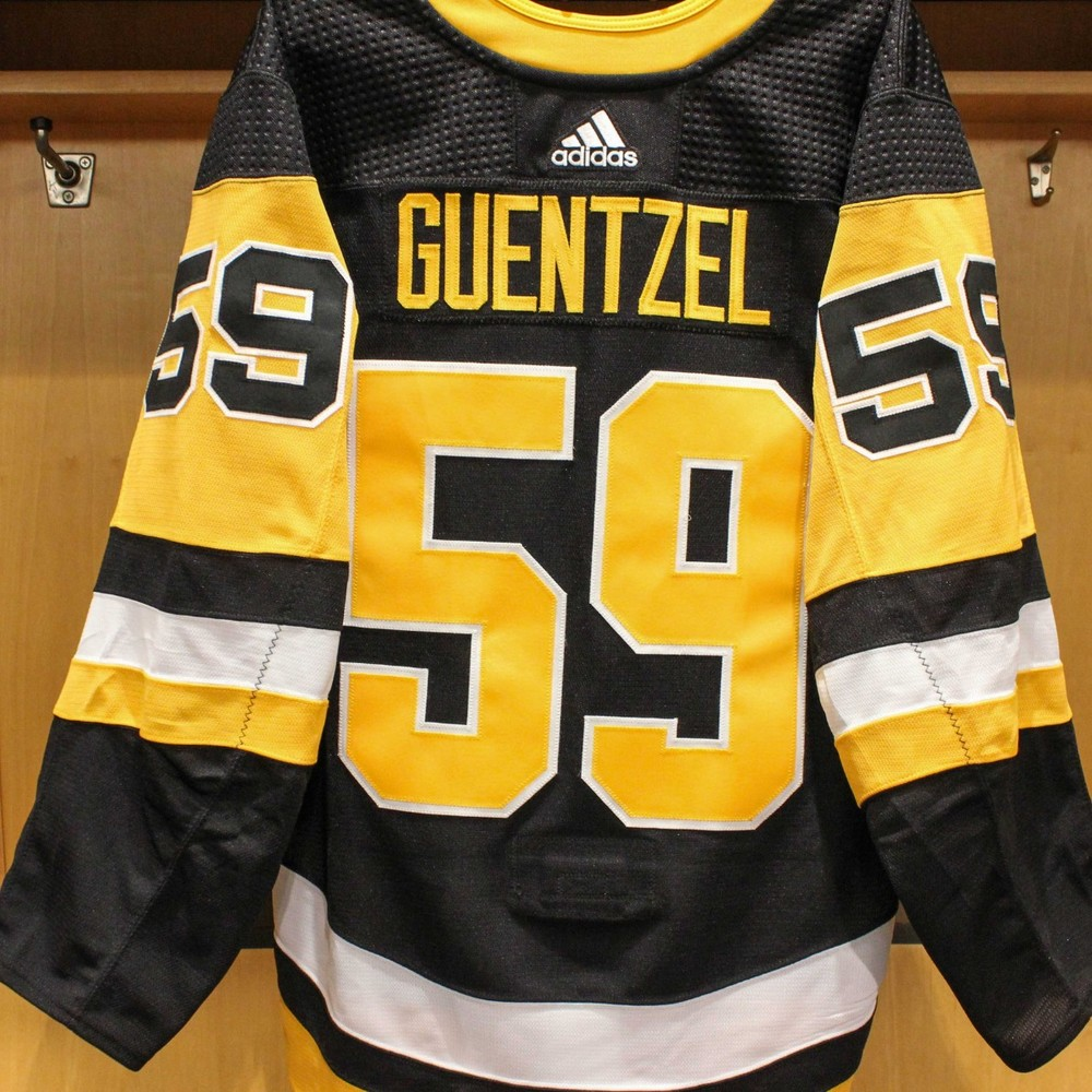 Jake Guentzel Pittsburgh Penguins
