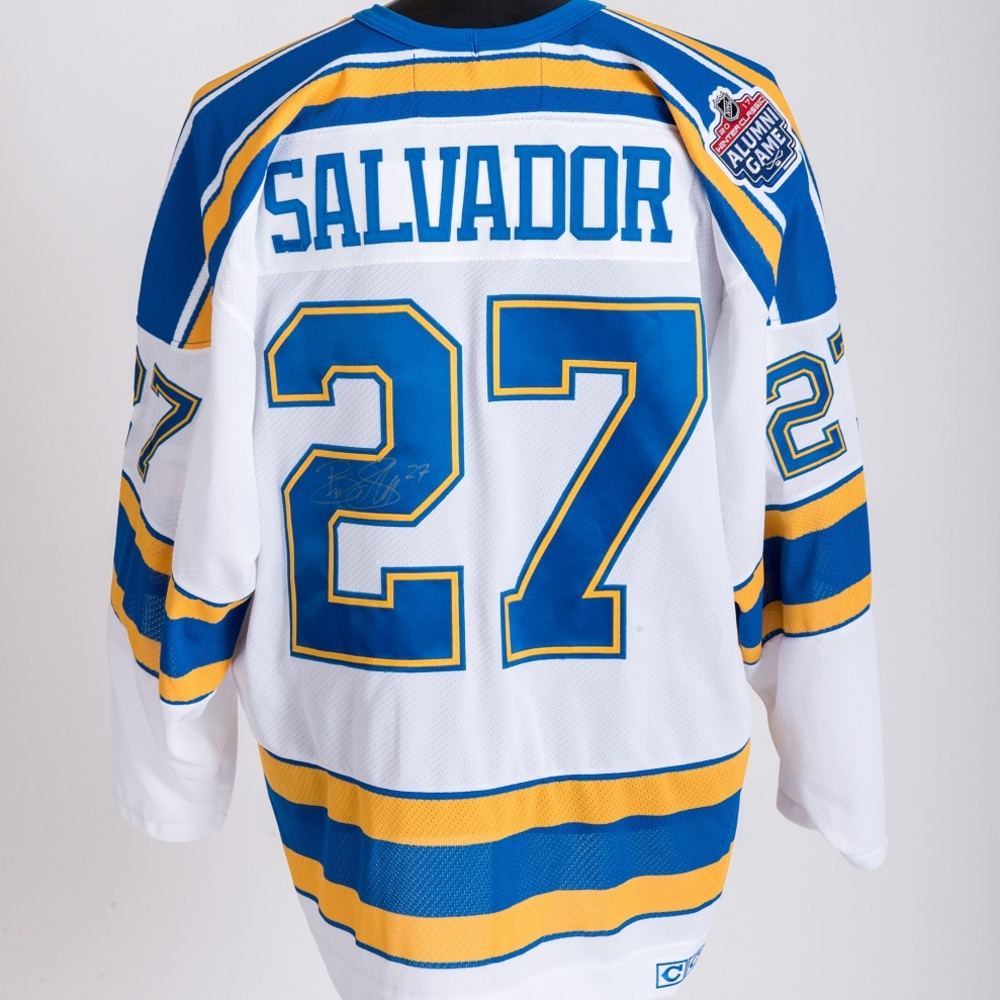 ... italy bryce salvador autographed winter classic alumni game worn jersey  st. louis blues size xxl fa7ff64e8
