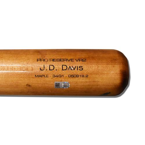 Photo of J.D. Davis #28 - Game Used Cracked Bat - Mets vs. Pirates - 8/4/2019