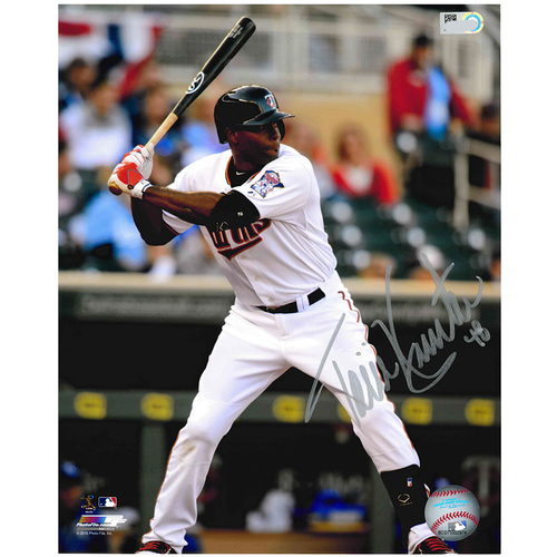 Photo of Minnesota Twins Autographed 8x10 Photo - Torii Hunter
