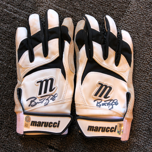 Photo of San Francisco Giants - Buster Posey Autographed Team Issued Batting Gloves
