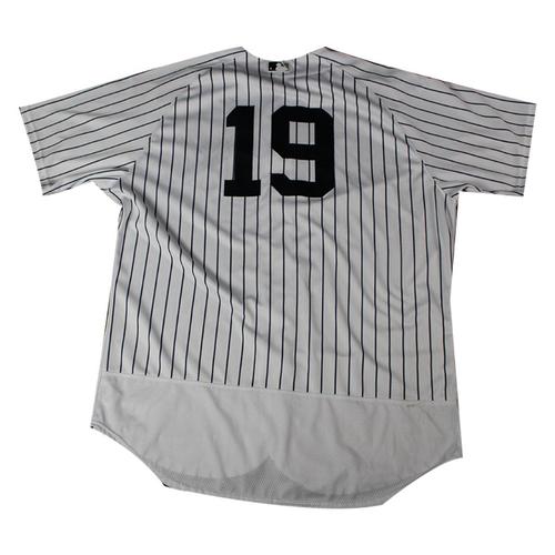 Photo of Masahiro Tanaka New York Yankees 2018 Home Game Used #19 Pinstripe Jersey (5/9/2018)