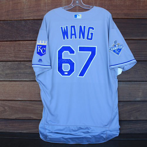 Photo of Autographed Jersey: Chien-Ming Wang #67 - Size 50