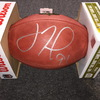 NFL - Giants Justin Tuck signed authentic football