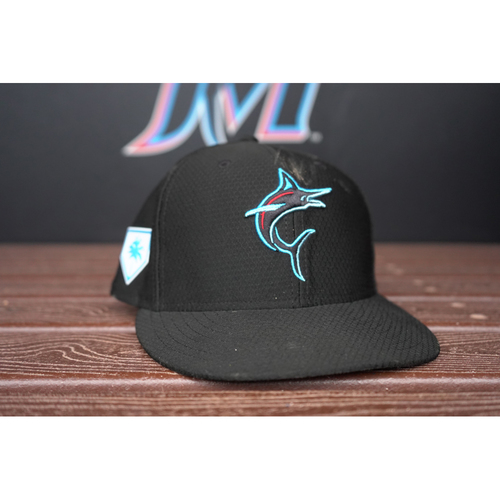 Photo of Game-Used Cap: Curtis Granderson - 2019 Spring Training - Size 7 1/4